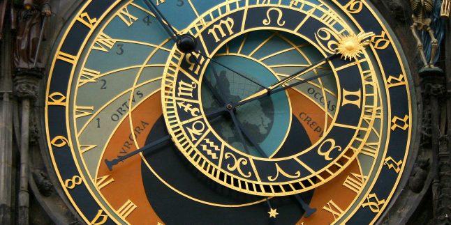Astroloji Ve Kozmoloji